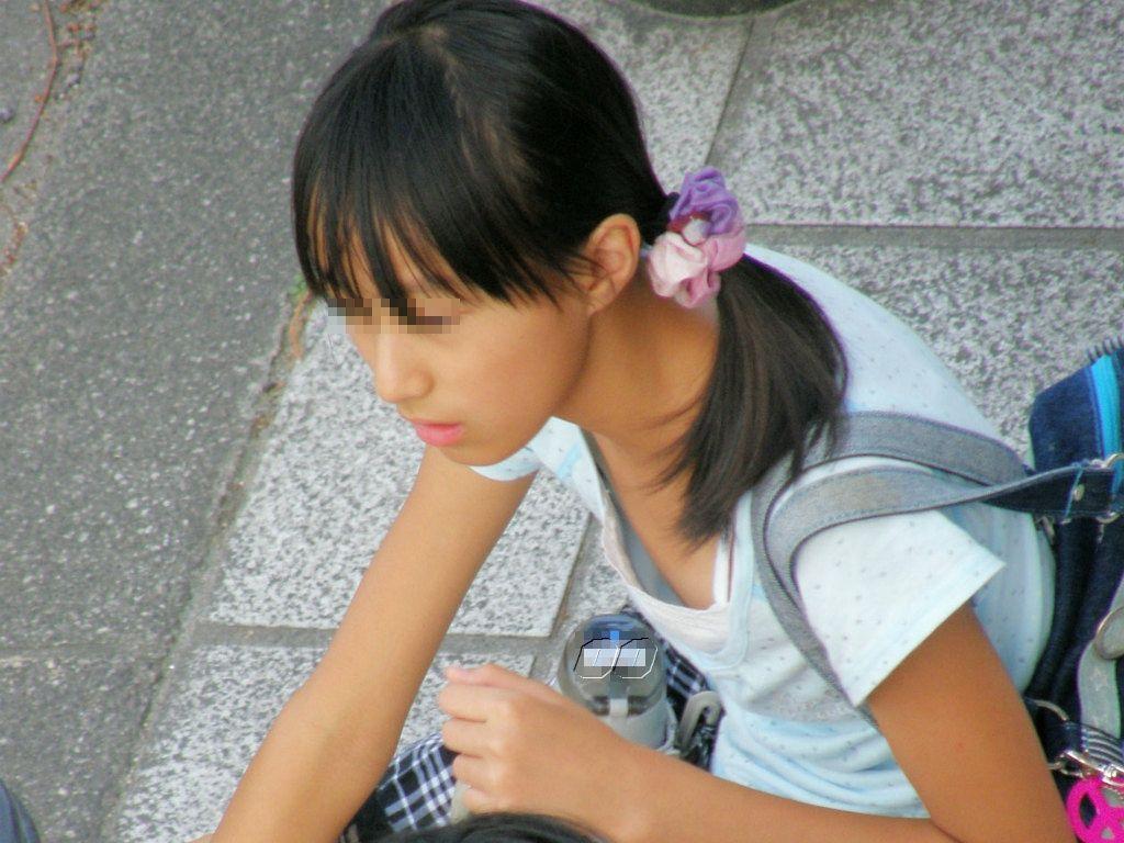 乳首チラ 中学生
